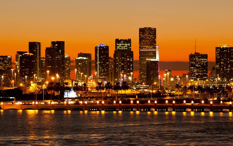 Im Stadtzentrum gelegene Skyline von Miami