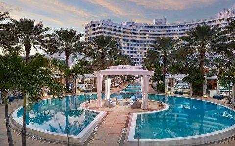 Hotels Avec Piscines Incroyables A Miami Beach